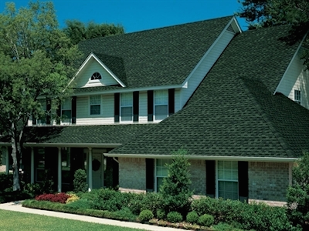 Photo of a home using GAF's Timberline Ultra HD Hunter Green shingles